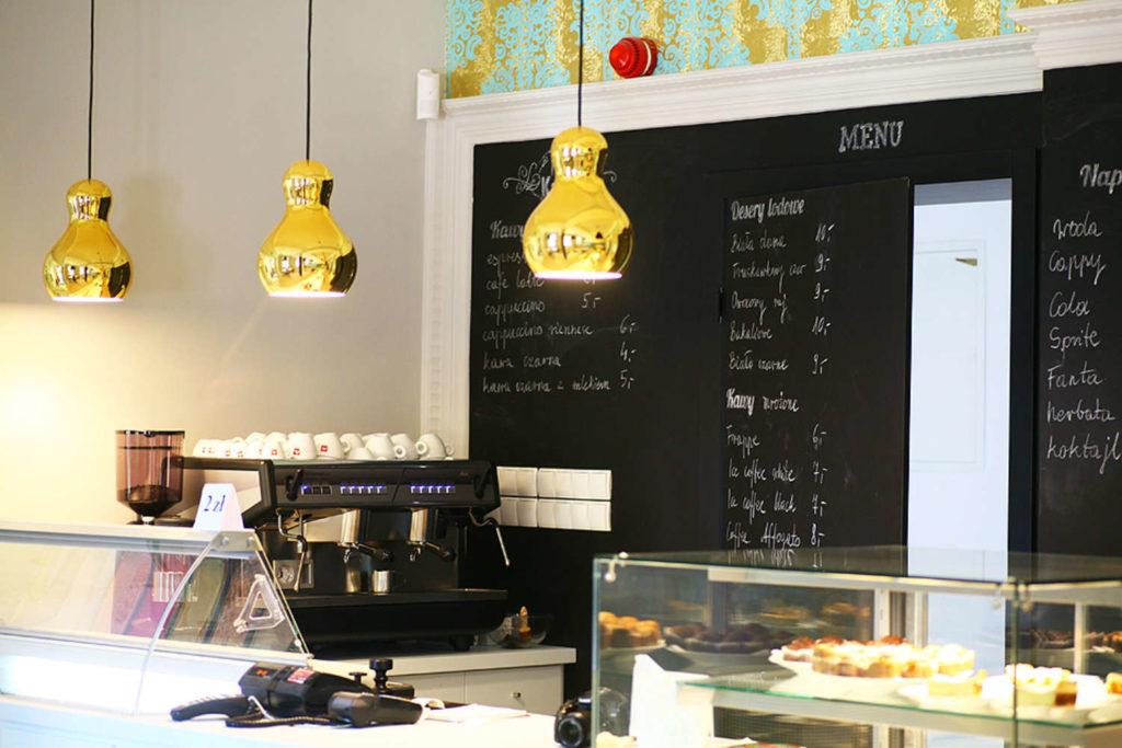 widok na kawiarnie
