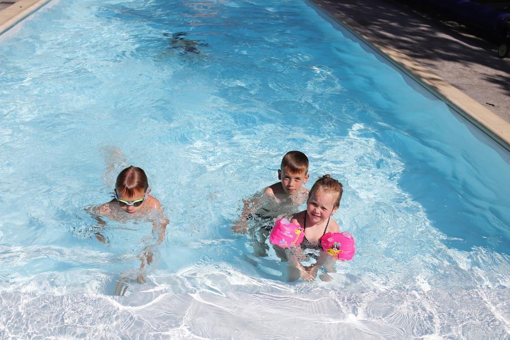 zabawa dla dzieci willa puck basen