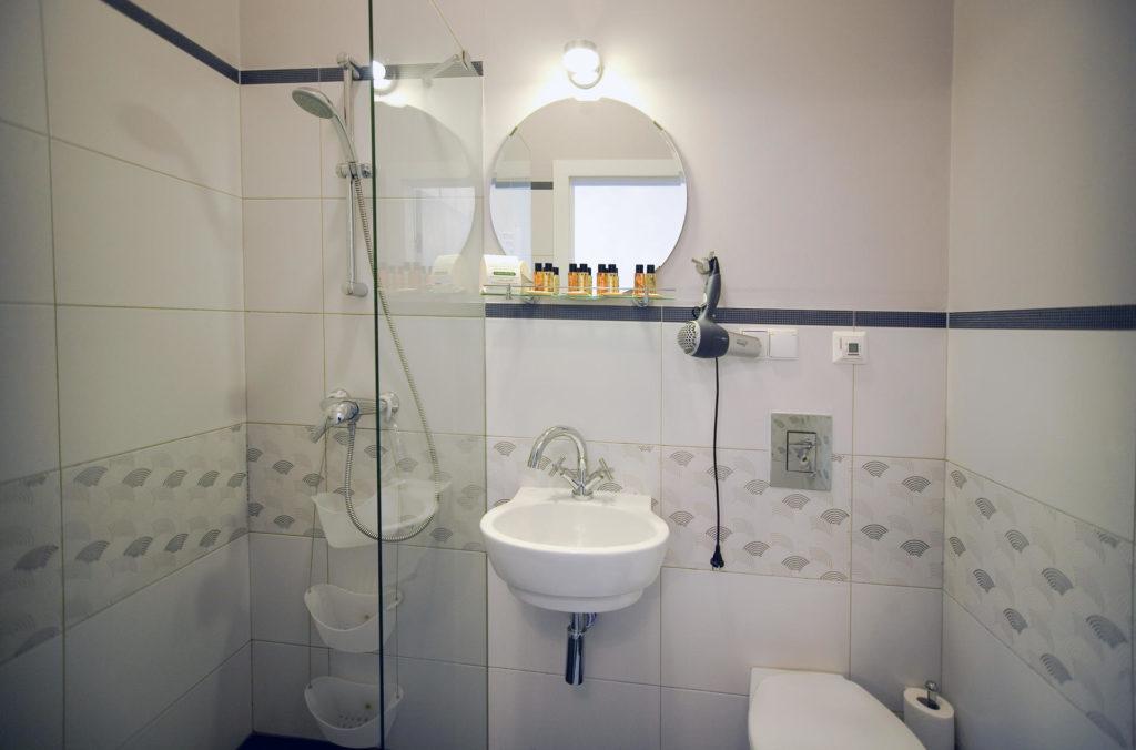 łazienka apartament dwupokojowy w pucku